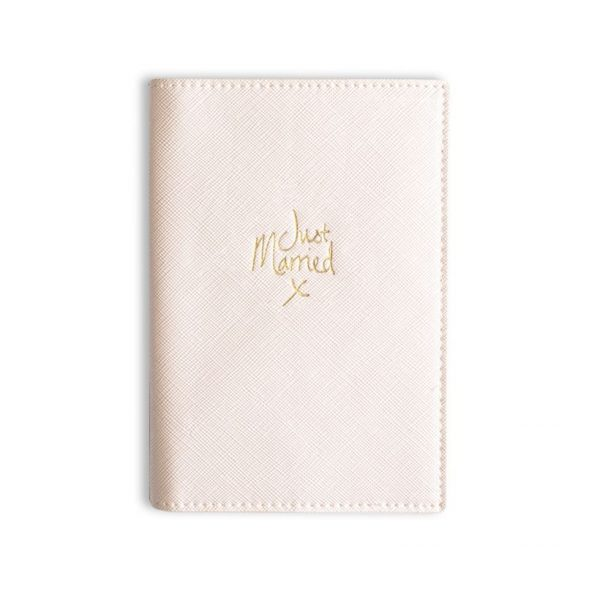 PASSPORT COVER JUST MARRIED